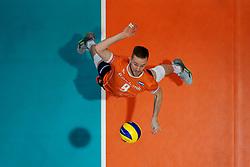 21-09-2019 NED: EC Volleyball 2019 Netherlands - Germany, Apeldoorn<br /> 1/8 final EC Volleyball / Ewoud Gommans #9 of Netherlands