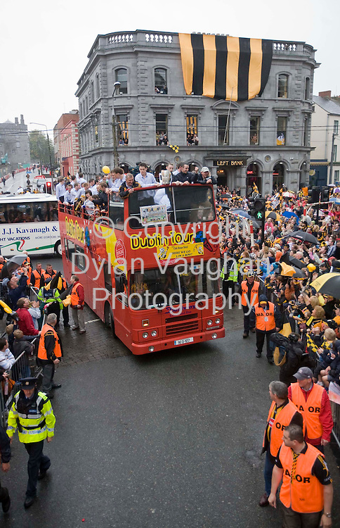 8/9/2008.Fans celebrating Kilkennys homecoming in Kilkenny last night..Picture Dylan Vaughan.