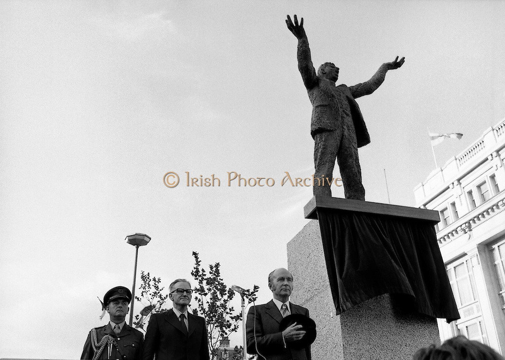 President Dr Patrick Hillery unveils a statue of Jim Larkin by sculptor Oisin Kelly on O'Connell Street, Dublin. 'Big Jim' Larkin was a trade union activist who founded the Irish Transport and General Workers Union (ITGWU) and in 1913 led workers into what became known as the Lockout when employers refused to let them join unions. 15/06/1979