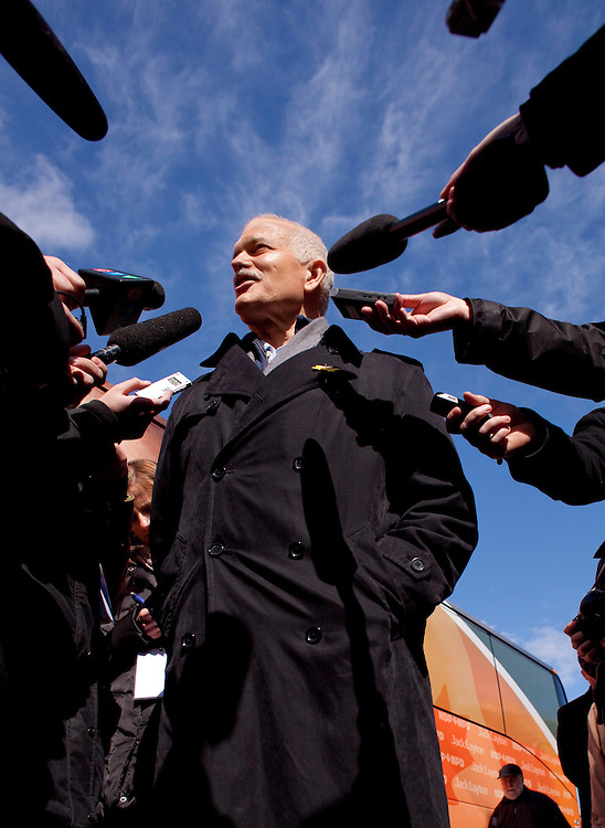 NDP leader Jack Layton speaks to the media during a campaign stop in Kitchener, Ontario, March 29, 2011. Canadians will be heading to the polls May 2.<br /> AFP/GEOFF ROBINS/STR