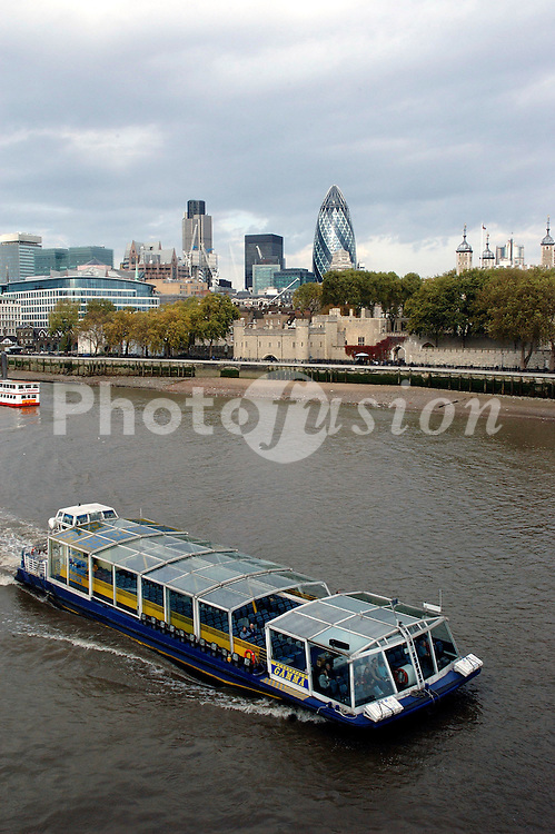 River traffic on the Thames; Central London