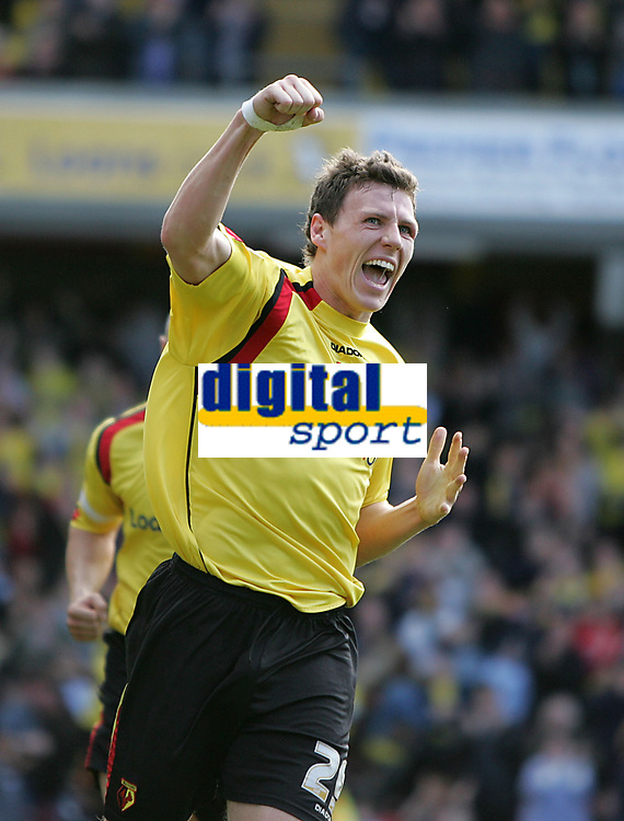 Photo: Lee Earle.<br /> Watford v Ipswich Town. Coca Cola Championship. 17/04/2006. Watford's Darius Henderson celebrates after scoring his second.