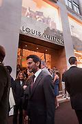 MARC JACOBS, Louis Vuitton openingof New Bond Street Maison. London. 25 May 2010. -DO NOT ARCHIVE-© Copyright Photograph by Dafydd Jones. 248 Clapham Rd. London SW9 0PZ. Tel 0207 820 0771. www.dafjones.com.