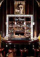 Luxury Hotels & Interiors