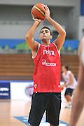 DESCRIZIONE : Trento Primo Trentino Basket Cup Nazionale Italia Maschile <br /> GIOCATORE : Pietro Aradori<br /> CATEGORIA : allenamento<br /> SQUADRA : Nazionale Italia <br /> EVENTO :  Trento Primo Trentino Basket Cup<br /> GARA : Allenamento<br /> DATA : 27/07/2012 <br /> SPORT : Pallacanestro<br /> AUTORE : Agenzia Ciamillo-Castoria/M.Gregolin<br /> Galleria : FIP Nazionali 2012<br /> Fotonotizia : Trento Primo Trentino Basket Cup Nazionale Italia Maschile<br /> Predefinita :
