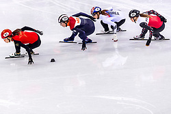 22-02-2018 KOR: Olympic Games day 13, PyeongChang<br /> Short Track Speedskating / Lara Van Ruijven of the Netherlands, Chunyu Qu of China, Minjeong Choi of Korea, Magdalena Warakomska of Poland