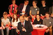 Mannheim. 19.09.17 | SPD-Kanzlerkandidat Martin Schulz im Capitol Mannheim.<br /> Im Wahlkampf zur Bundestagswahl unterstützt Kanzlerkandidat Martin Schulz Mannheims SPD Bundestagsabgeordneter Stefan Rebmann.<br /> <br /> <br /> BILD- ID 2377 |<br /> Bild: Markus Prosswitz 19SEP17 / masterpress (Bild ist honorarpflichtig - No Model Release!)