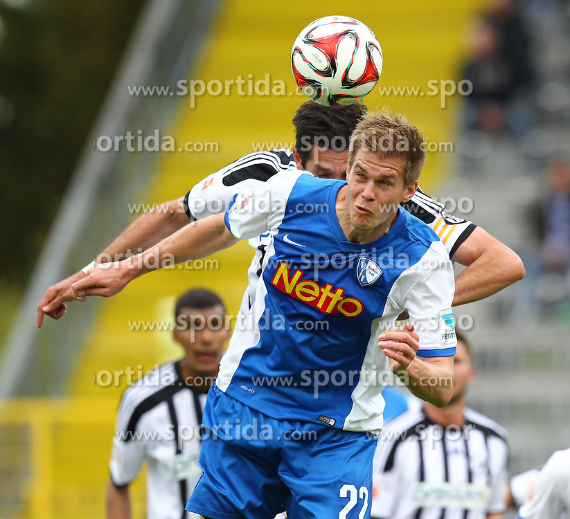 03.05.2015, Scholz Arena, Aalen, GER, 2. FBL, VfR Aalen vs VfL Bochum, 31. Runde, im Bild Simon Terodde ( VfL Bochum ) koepft hier das 0:2 hinten Leandro Grech (VfR Aalen) // during the 2nd German Bundesliga 31th round match between VfR Aalen and VfL Bochum at the Scholz Arena in Aalen, Germany on 2015/05/03. EXPA Pictures &copy; 2015, PhotoCredit: EXPA/ Eibner-Pressefoto/ Langer<br /> <br /> *****ATTENTION - OUT of GER*****