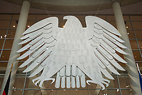 17 OCT 2013, BERLIN/GERMANY:<br /> Bundesadler, Plenum, Deutscher Bundestag<br /> IMAGE: 20131017-01-015<br /> KEYWORDS: Plenarsaal