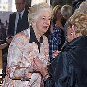 NLD/Amsterdam/20130921 - Uitreiking Awards, Ellen Vogel en Anneke Grönloh