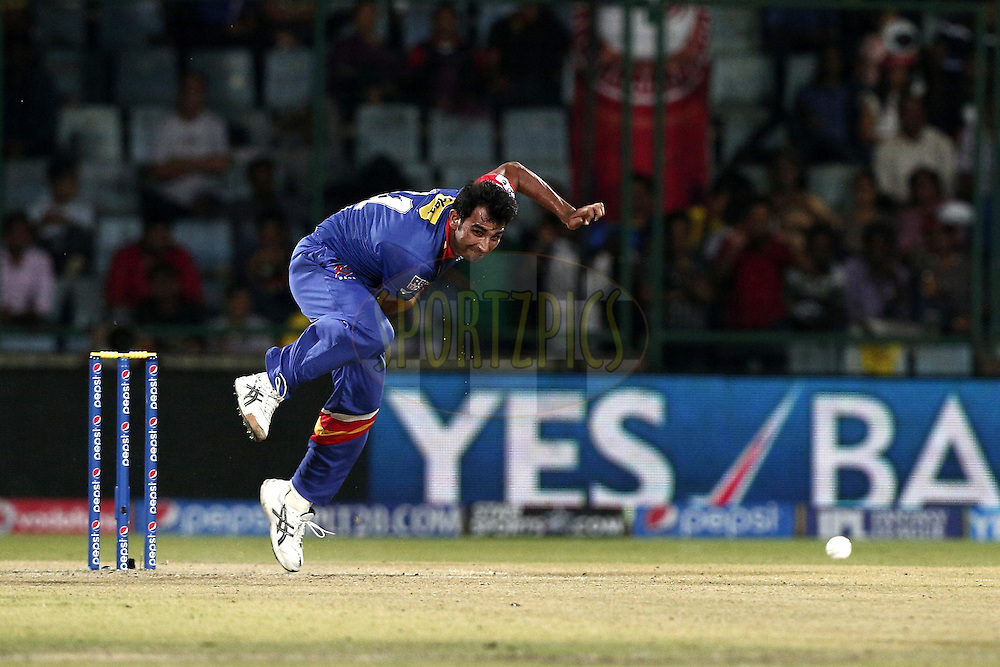 Mohammad Shami of the Delhi Daredevils during match 26 of the Pepsi Indian Premier League Season 2014 between the Delhi Daredevils and the Chennai Superkings held at the Ferozeshah Kotla cricket stadium, Delhi, India on the 5th May  2014<br /> <br /> Photo by Deepak Malik / IPL / SPORTZPICS<br /> <br /> <br /> <br /> Image use subject to terms and conditions which can be found here:  http://sportzpics.photoshelter.com/gallery/Pepsi-IPL-Image-terms-and-conditions/G00004VW1IVJ.gB0/C0000TScjhBM6ikg