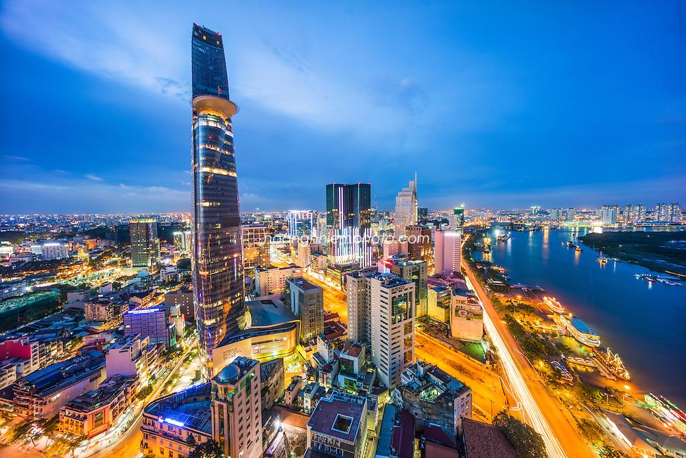 Vietnam images-cityscape-HochiMinh city