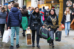 © Licensed to London News Pictures. 23/12/2018. London, UK. Last minute Christmas shoppers take advantage of pre-Christmas bargains in London's Oxford Street. Fewer shoppers have been reported shopping in Britain's high streets as online sales increase. Photo credit: Dinendra Haria/LNP