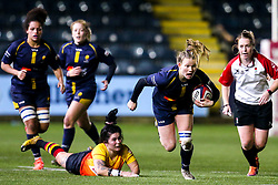 Carys Cox of Worcester Warriors Women goes past Polly Roberts of Richmond Women - Mandatory by-line: Robbie Stephenson/JMP - 11/01/2020 - RUGBY - Sixways Stadium - Worcester, England - Worcester Warriors Women v Richmond Women - Tyrrells Premier 15s