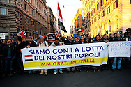 Roma 6 Febbraio 2011.Manifestazione del  movimento egiziano a Roma per chiedere Libertà e democrazia in Egitto e  l'allontanamento di Mubarak..Rome, January 31, 2011.Piazza della Repubblica.Manifestation of the Egyptian movement in Rome to demand freedom and democracy in Egypt and Mubarak's removal.