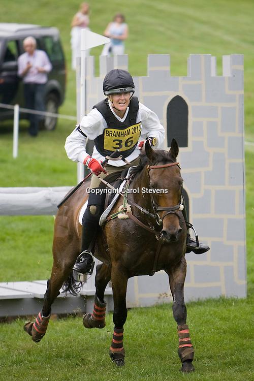 Karyn Shuter and Plain'n'nSimple at Bramham Horse Trials  2010