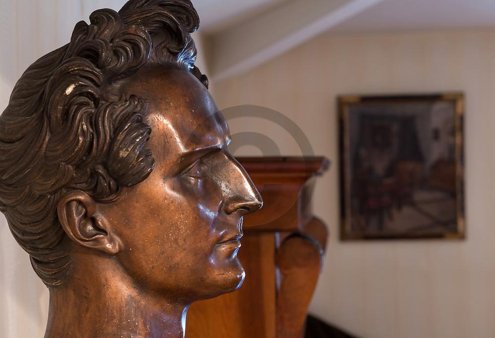 22/08/16 - AIX LES BAINS - SAVOIE - FRANCE - Buste de Alphonse de LAMARTINE au Musee Jean FAURE - Photo Jerome CHABANNE