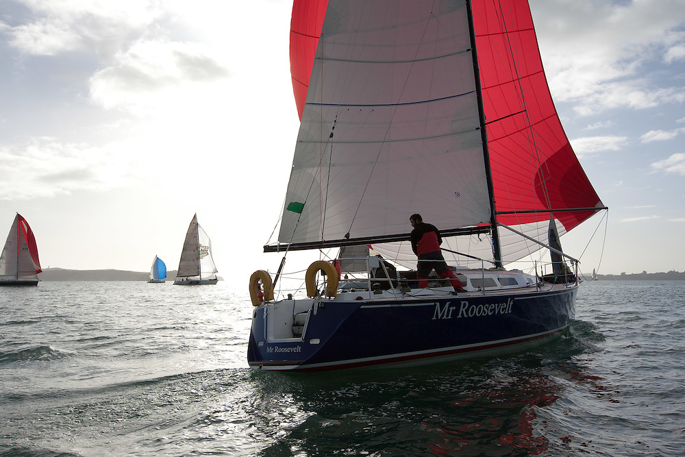 2011 Simrad Series Race 1. 16 July 2011. Photo: Gareth Cooke/Subzero Images