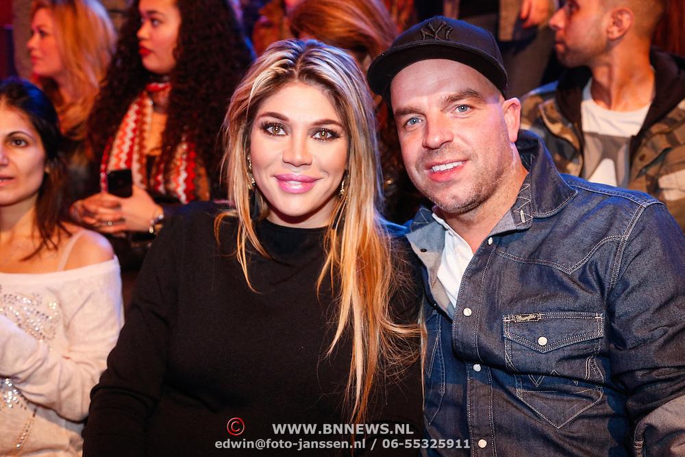 NLD/Hilversum/20130202 - 6de liveshow Sterren Dansen op het IJs 2013, Andy van der Meijde en partner Melissa Schauffeli