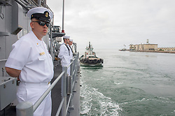 LOS ANGELES (Aug. 28, 2018) Sailors aboard the Avenger-class mine countermeasures ship USS Scout (MCM 8) man the rails as the ship pulls into port to begin Los Angeles Fleet Week. Los Angeles Fleet Week is an opportunity for the American public to meet their Navy, Marine Corps and Coast Guard teams and experience America's sea services.  During fleet week, service members participate in various community service events, showcase capabilities and equipment to the community, and enjoy the hospitality of Los Angeles and its surrounding areas. (U.S. Navy photo by Mass Communication Specialist 3rd Class Vance Hand/Released) 180828-N-ZS023-1033