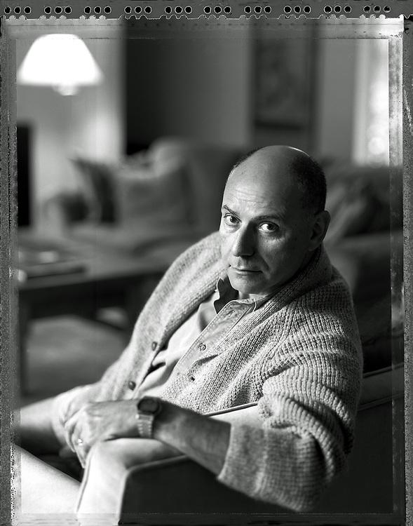 Portrait Alan Arkin at home New York