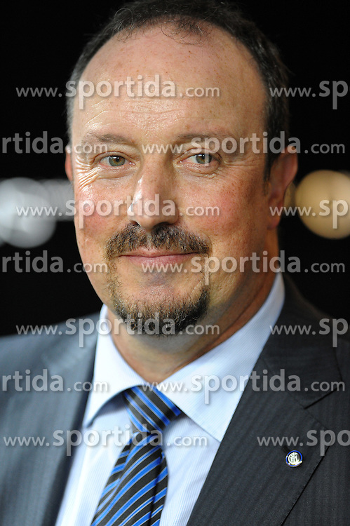 21.08.2010, Stadio Giuseppe Meazza, Mailand, ITA, Supercoppa Italiana 2010, Inter Mailand vs AS Rom, im Bild l'allenatore dell'inter rafael benitez.EXPA Pictures © 2010, PhotoCredit: EXPA/ InsideFoto/ massimo Oliva +++++ ATTENTION - FOR AUSTRIA AND SLOVENIA CLIENT ONLY +++++ / SPORTIDA PHOTO AGENCY