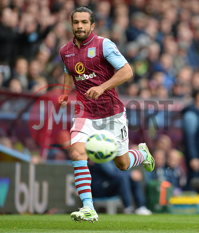 Aston Villa's Kieran Richardson - Photo mandatory by-line: Alex James/JMP - Mobile: 07966 386802 - 02/05/2015 - SPORT - Football - Birmingham - Villa Park - Aston Villa v Everton - Barclays Premier League