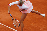 Roland Garros. Paris, France. May 31st 2006.  .Maria Sharapova serves against Benesova..2nd Round.