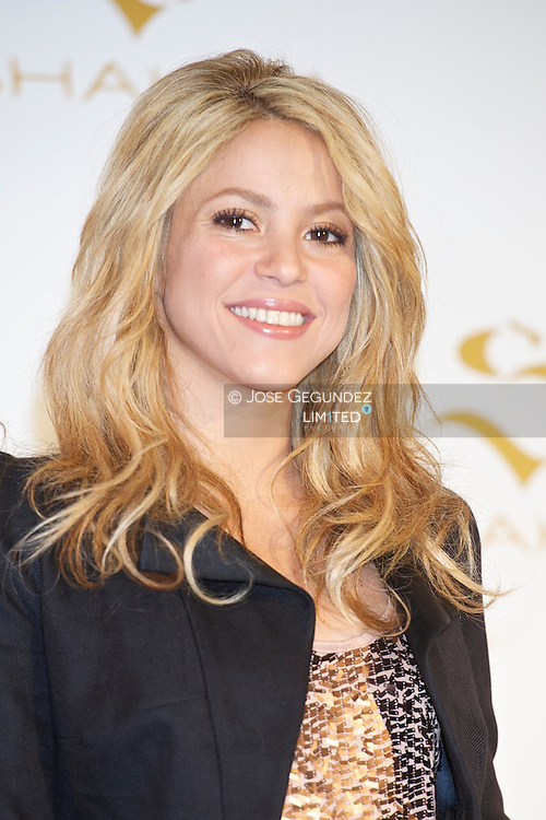 Shakira attends the photocall for the presentation to her first fragrance at Palacio de Santa Barbara in Madrid