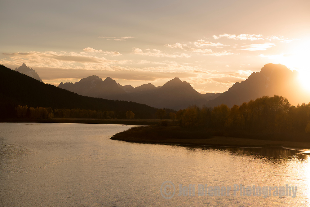 Oxbow Bend at sunset in Grand Teton National Park, Jackson Hole, Wyoming.