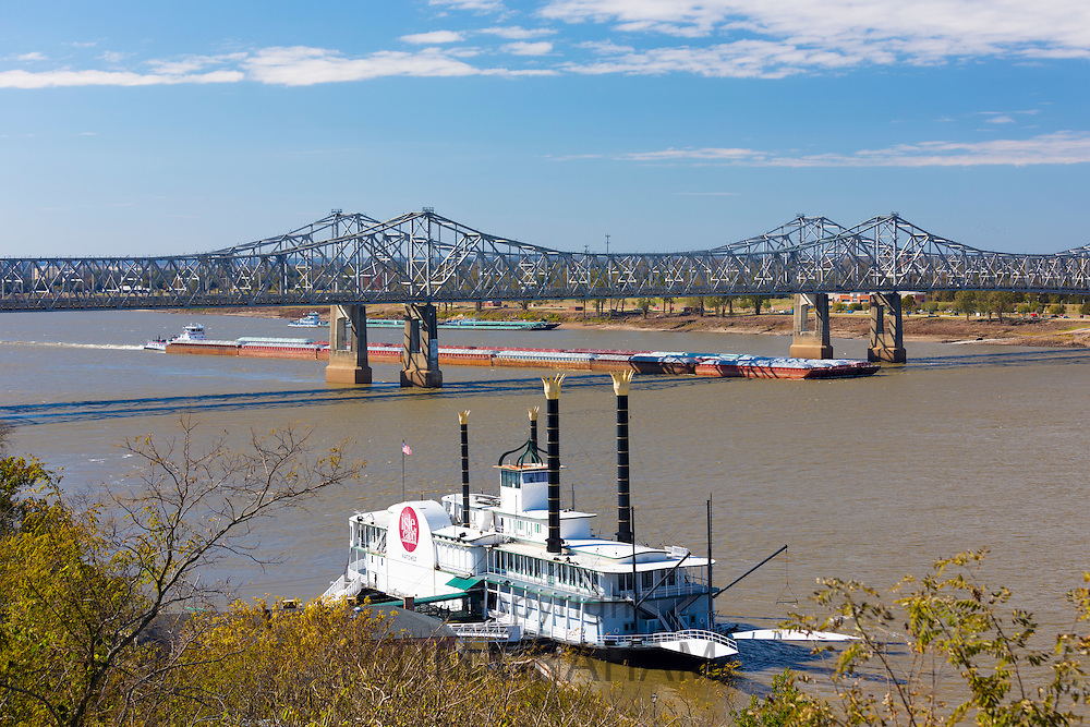 Old Paddle steamer, Isle of Capri, moored as a hotel and casino on Mississippi River by Natchez Bridge, USA