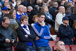08.03.2014, Emirates Stadium, London, ENG, FA Cup, FC Arsenal vs FC Everton, Viertel Finale, im Bild Everton supporters look dejected his side lose 4-1 to Arsenal // during the English FA Cup quater final match between Arsenal FC and Everton FC at the Emirates Stadium in London, Great Britain on 2014/03/08. EXPA Pictures © 2014, PhotoCredit: EXPA/ Propagandaphoto/ David Rawcliffe<br /> <br /> *****ATTENTION - OUT of ENG, GBR*****