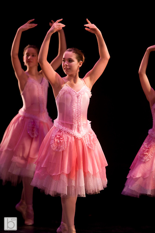 Friday, Nov 28, 2008:  The North Country Ballet Ensemble's Nutcracker 2007.  Rehearsals.  (Photo/Todd Bissonette)