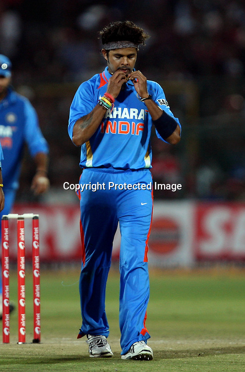 Indian bowler S. Sreesanth After take a wicket during the 2nd ODI india vs New Zealand Played at Sawai Mansingh Stadium, Jaipur, 1 December 2010 - day/night (50-over match)