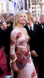 March 24, 2002 - U.S. - KRT ENTERTAINMENT STORY SLUGGED: OSCARS KRT PHOTOGRAPH BY MIKE KITADA/ORANGE COUNTY REGISTER (March 24) HOLLYWOOD, CA -- Actress Cameron Diaz arrives for the 74th Annual Academy Awards at the new Kodak Theater in Hollywood, California, Sunday, March 24, 2002. (OC) NC KD BL 2002 (Vert.) (kn) (Credit Image: © Orange County Register/TNS/ZUMAPRESS.com)