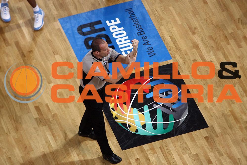 DESCRIZIONE : Cyprus Cipro Eurocup Men Final Four 2008 Final 3-4 place Proteas Eka Ael Tartu Rock<br /> GIOCATORE : Arbitro Referees Cerebuch<br /> SQUADRA : <br /> EVENTO : Eurocup Men Final Four 2008<br /> GARA : Proteas Eka Ael Tartu Rock<br /> DATA : 20/04/2008 <br /> CATEGORIA :<br /> SPORT : Pallacanestro<br /> AUTORE : Agenzia Ciamillo-Castoria/E.Castoria<br /> Galleria : Fiba Europe 2007-2008<br /> Fotonotizia : Cyprus Cipro Eurocup Men Final Four 2008 Final 3-4 place Proteas Eka Ael Tartu Rock<br /> Predefinita :