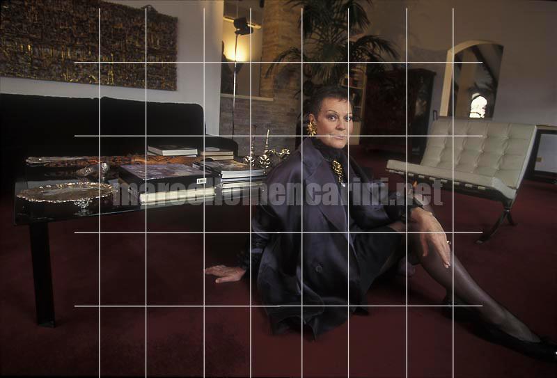 Padua, 1997. Italian mezzo-soprano Lucia Valentini Terrani in her house / Padova, 1997. Il mezzo soprano Lucia Valentini Terrani nella sua casa - © Marcello Mencarini