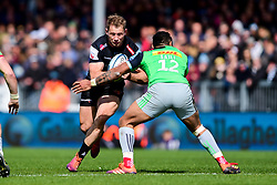 Ollie Devoto of Exeter Chiefs is marked by Francis Saili of Harlequins - Mandatory by-line: Ryan Hiscott/JMP - 27/04/2019 - RUGBY - Sandy Park - Exeter, England - Exeter Chiefs v Harlequins - Gallagher Premiership Rugby