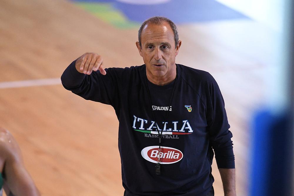 Ettore Messina<br /> Raduno Nazionale Maschile Senior<br /> Allenamento pomeriggio<br /> Folgaria, 25/07/2017<br /> Foto Ciamillo-Castoria/ GiulioCiamillo