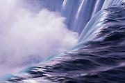 Long exposure of Niagara Falls in the Winter