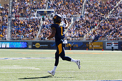 BERKELEY, CA - OCTOBER 03:  Wide receiver Bryce Treggs #1 of the California Golden Bears celebrates after scoring a touchdown against the Washington State Cougars during the first quarter at California Memorial Stadium on October 3, 2015 in Berkeley, California. (Photo by Jason O. Watson/Getty Images) *** Local Caption *** Bryce Treggs