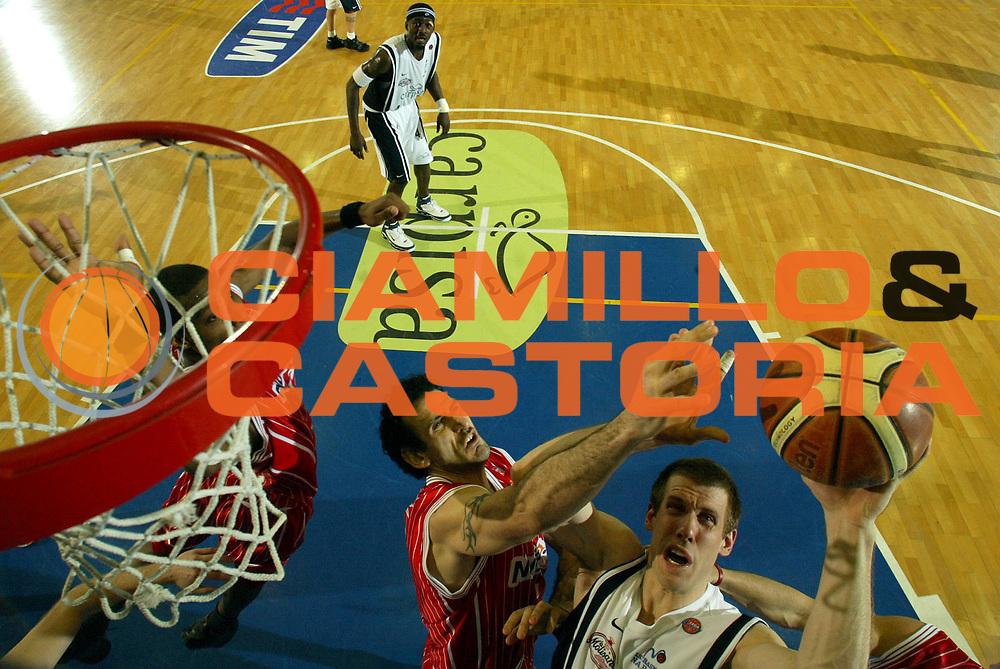 DESCRIZIONE : Napoli Lega A1 2005-06 Carpisa Napoli Basket-Navigo.it Teramo<br /> GIOCATORE : Rocca<br /> SQUADRA : Carpisa Napoli Basket<br /> EVENTO : Campionato Lega A1 2005-2006<br /> GARA : Carpisa Napoli Basket Navigo.it Teramo<br /> DATA : 29/01/2006 <br /> CATEGORIA : special<br /> SPORT : Pallacanestro <br /> AUTORE : Agenzia Ciamillo-Castoria/E.Castoria<br /> Galleria : Lega Basket A1 2005-2006<br /> Fotonotizia : Napoli Lega A1 2005-06 Carpisa Napoli Basket Navigo.it Teramo<br /> Predefinita :