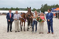 045, Korinchidee<br /> Nationale Veulenkeuring om de Equimax Veulenbokaal, Finale springveulens<br /> KWPN Paardendagen Ermelo 2015<br /> © Hippo Foto - Dirk Caremans