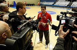 Sasa Nikitovic novi trener na treningu kosarkasa Crvene zvezde u hali Pionir<br /> 19.03.2011. godine<br /> Foto: Marko Metlas / Sportida