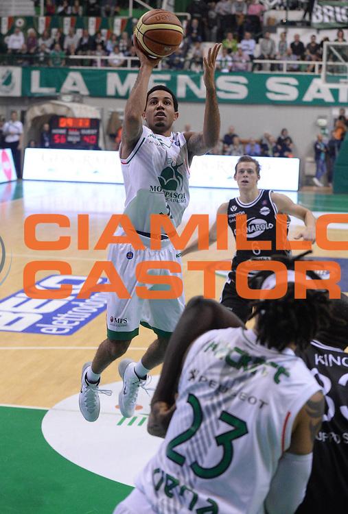 DESCRIZIONE : Siena  Lega serie A 2013/14 Montepaschi Siena Granarolo Bologna<br /> GIOCATORE : green erick<br /> CATEGORIA : tiro<br /> SQUADRA : Montepaschi Siena<br /> EVENTO : Campionato Lega Serie A 2013-2014<br /> GARA : Montepaschi Siena Granarolo Bologna<br /> DATA : 28/10/2013<br /> SPORT : Pallacanestro<br /> AUTORE : Agenzia Ciamillo-Castoria/GiulioCiamillo<br /> Galleria : Lega Seria A 2013-2014<br /> Fotonotizia : Siena Lega serie A 2013/14 Montepaschi Siena Granarolo Bologna<br /> Predefinita :