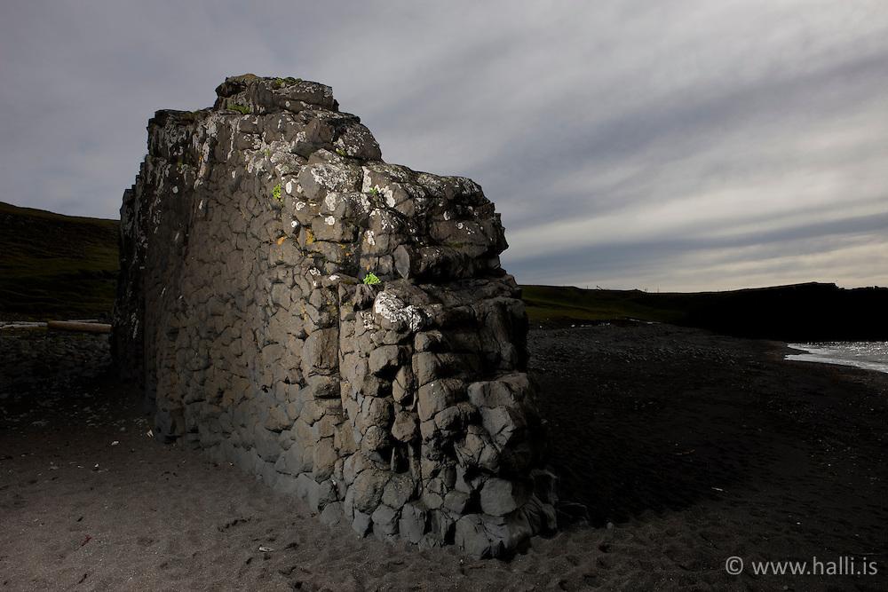 Standalone Rock in sand beach at Vatnsnes in Midfjodur, Iceland - Stapi á Vatnsnesi í Miðfirði