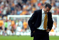 Photo: Ed Godden/Sportsbeat Images.<br />Wolverhampton Wanderers v Hull City. Coca Cola Championship. 09/04/2007. Hull Manager Phil Brown.