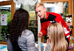 Hordur Magnusson of Bristol City meets children during Bristol City's visit to the Children's Hospice South West at Charlton Farm - Mandatory by-line: Robbie Stephenson/JMP - 21/12/2016 - FOOTBALL - Children's Hospice South West - Bristol , England - Bristol City Children's Hospice Visit