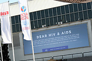 De Britse Prins Harry voorafgaand aan Aids2018 in de Rai. Van 23 tot en met 27 juli komen duizenden aidsexperts, activisten, wetenschappers, beleidsmakers en politici bijeen voor de internationale aidsconferentie AIDS 2018<br /> <br /> The British Prince Harry prior to Aids2018 in the Rai. From 23 to 27 July, thousands of AIDS experts, activists, scientists, policymakers and politicians will meet for the AIDS AIDS Conference in the international arena.
