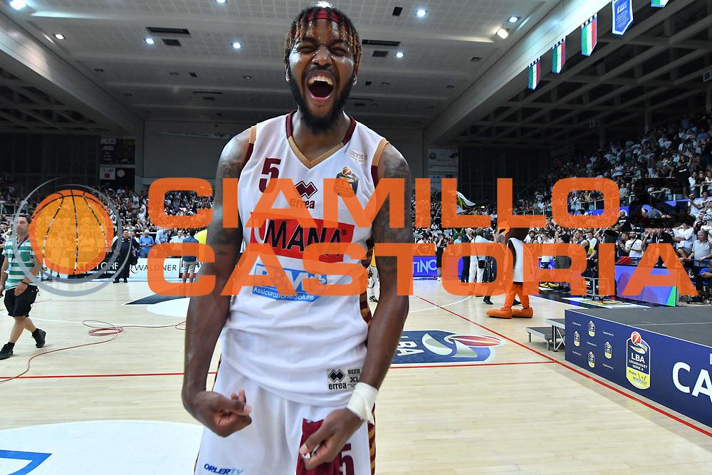 Julian Stone<br /> Dolomiti Energia Trento - Umana Reyer Venezia<br /> Lega Basket Serie A 2016-2017<br /> Playoff FINALE Gara 6<br /> Avellino 20/06/2017<br /> Foto Ciamillo-Castoria